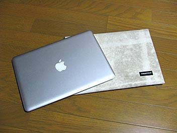 090809_mac_sleeve_air03.jpg