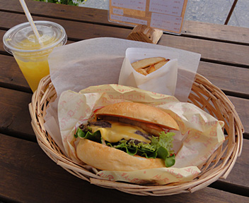 20120624_hamburger_b1_02.jpg