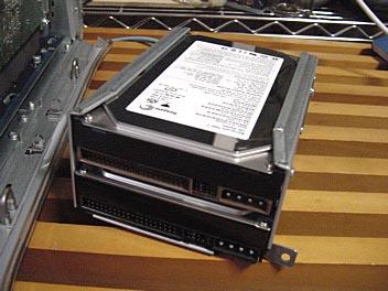 ハードディスクの増設